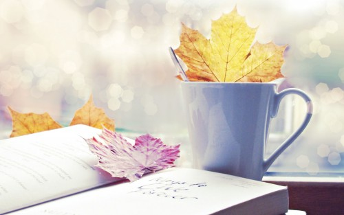 Autumn-Leaves-In-Coffee-Cup-Wallpaper